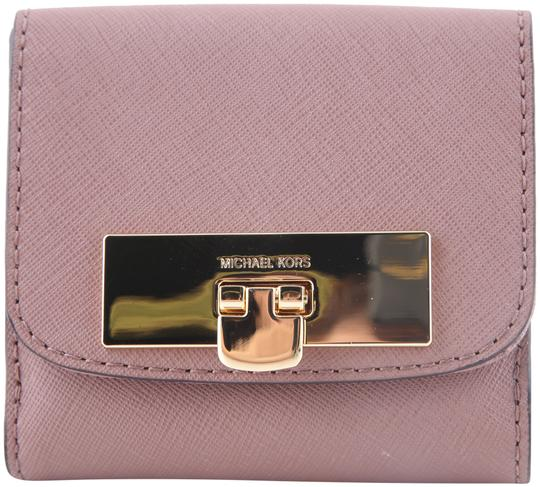Preload https://img-static.tradesy.com/item/22799426/michael-kors-pink-callie-trifold-coin-case-dusty-rose-wallet-0-2-540-540.jpg