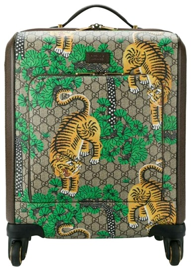 Preload https://img-static.tradesy.com/item/22799434/gucci-carry-on-gg-supreme-bengal-trolley-weekendtravel-bag-0-2-540-540.jpg