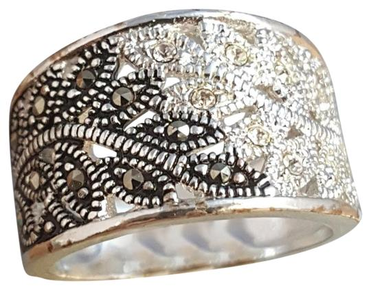 fine silver plated Brilliant-Stunning-Fine-Silver-Plated-Marcasite-Ring-Size-6