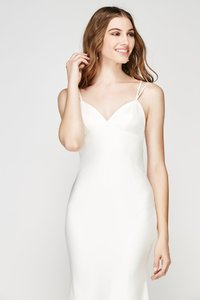 Watters Ivory Stretch Satin (Crepe Out) Willowby Baikal 56358 Modern Wedding Dress Size 6 (S)