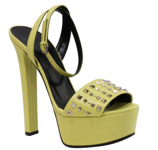 Preload https://item1.tradesy.com/images/gucci-yellow-374523-studded-leather-sandals-388-platforms-size-us-8-regular-m-b-22802260-0-1.jpg?width=440&height=440