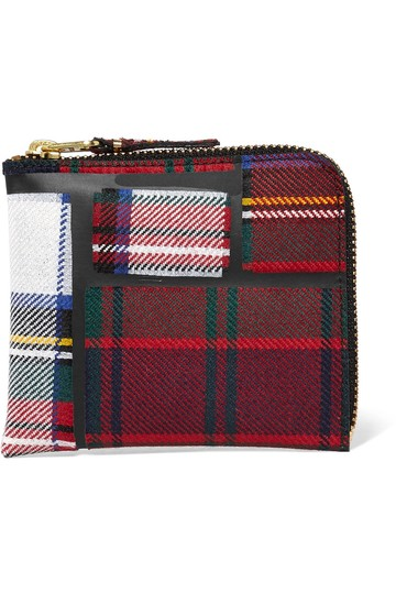 Preload https://item4.tradesy.com/images/comme-des-garcons-taped-plaid-wallet-wool-wristlet-22802328-0-0.jpg?width=440&height=440