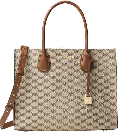 Preload https://img-static.tradesy.com/item/22802467/michael-kors-mercer-large-heritage-coated-signature-natural-luggage-canvas-leather-tote-0-2-540-540.jpg