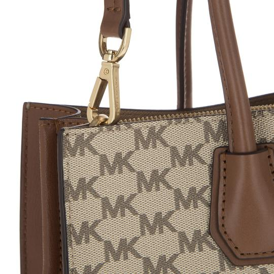 Michael Kors Heritage Signature 30f6am9t3v 190049388914 Mercer Large Purse Tote in Natural / Luggage