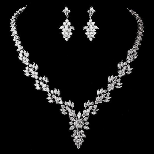 Elegance by Carbonneau Silver Plated Clear Necklace and Earring Jewelry Set