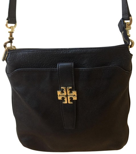 Preload https://item5.tradesy.com/images/tory-burch-black-pebbled-leather-cross-body-bag-22802664-0-3.jpg?width=440&height=440