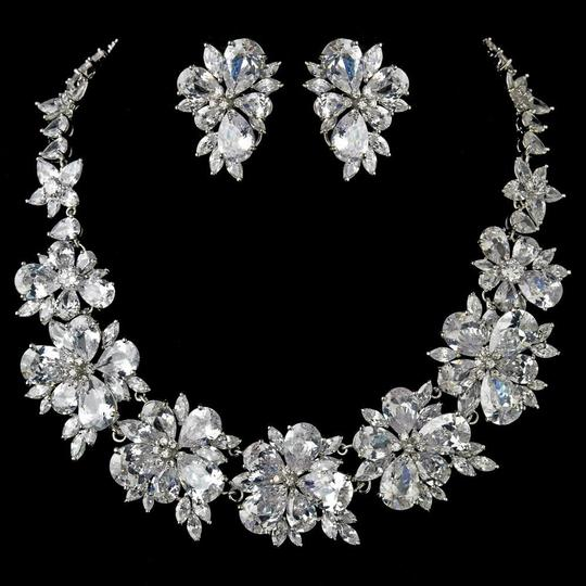 Preload https://img-static.tradesy.com/item/22802784/elegance-by-carbonneau-silver-plated-clear-cz-crystal-necklace-earring-jewelry-set-0-1-540-540.jpg