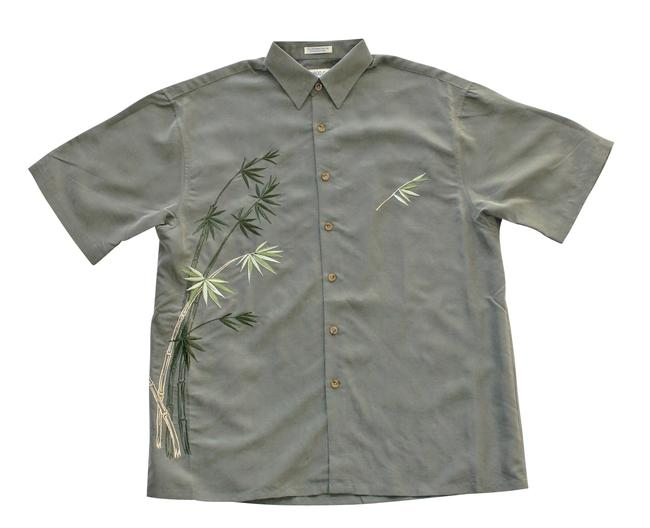 Preload https://img-static.tradesy.com/item/22802877/olive-green-men-s-flying-embroidered-camp-shirt-medium-button-down-top-size-10-m-0-0-650-650.jpg