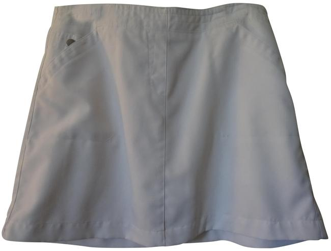 Preload https://item1.tradesy.com/images/white-activewear-skirt-size-10-m-31-22802880-0-1.jpg?width=400&height=650