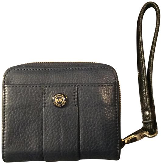 Preload https://item5.tradesy.com/images/michael-kors-navy-blue-with-gold-and-black-studded-mk-log-leather-wristlet-22802959-0-5.jpg?width=440&height=440