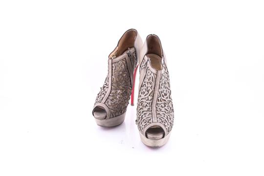 Preload https://item1.tradesy.com/images/christian-louboutin-grey-pampas-laser-cut-leather-ankle-boots-pumps-size-us-8-regular-m-b-22803290-0-0.jpg?width=440&height=440