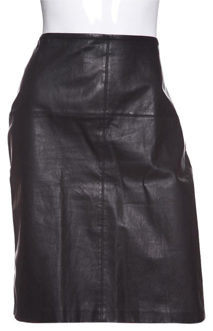 Preload https://img-static.tradesy.com/item/22803367/st-john-black-knit-and-leather-pencil-knee-length-skirt-size-8-m-29-30-0-1-650-650.jpg