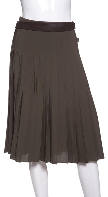 Preload https://item1.tradesy.com/images/michael-kors-olive-pleated-green-belted-knee-length-skirt-size-8-m-29-30-22803510-0-1.jpg?width=400&height=650