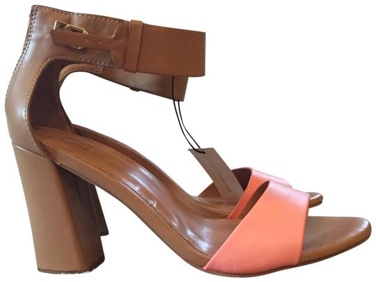 Preload https://item1.tradesy.com/images/new-york-and-company-tan-style-9918-pumps-size-us-9-regular-m-b-22803555-0-1.jpg?width=440&height=440