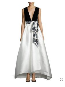 Sachin Babi Block End White Sophia Sleeveless Ball Gown Long
