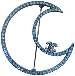Chanel Chanel ruthenium crystal cc moon brooch