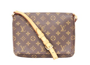 6ee679027a03 Louis Vuitton Musette Tango Shoulder Bags - Up to 70% off at Tradesy
