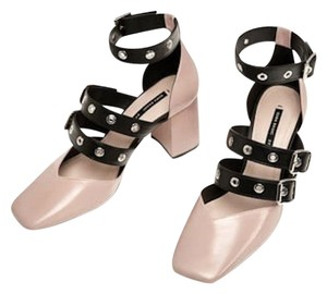 Zara Chunky Heel Sold Out Rare Ballerina Rose Buckle Grommet Ballet Pink and Black Pumps