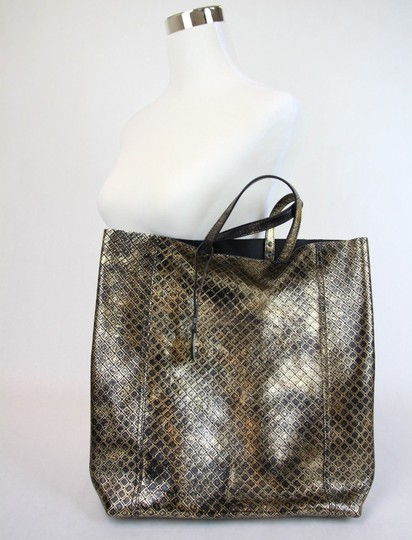 Bottega Veneta Intrecciomirage Top Handle Tote in Gold/Black Image 5
