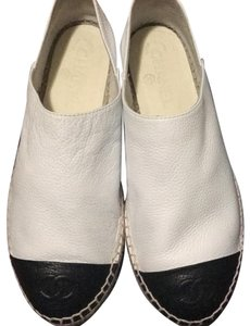 34682a6a593c White Other Flats - Up to 90% off at Tradesy (Page 2)