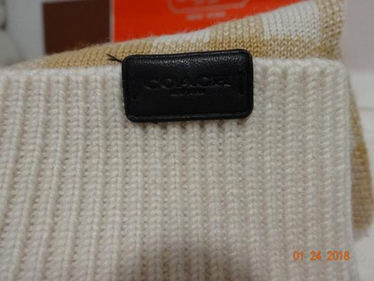 Coach Coach Plaid Pom Knit Hat - New with tags Image 2