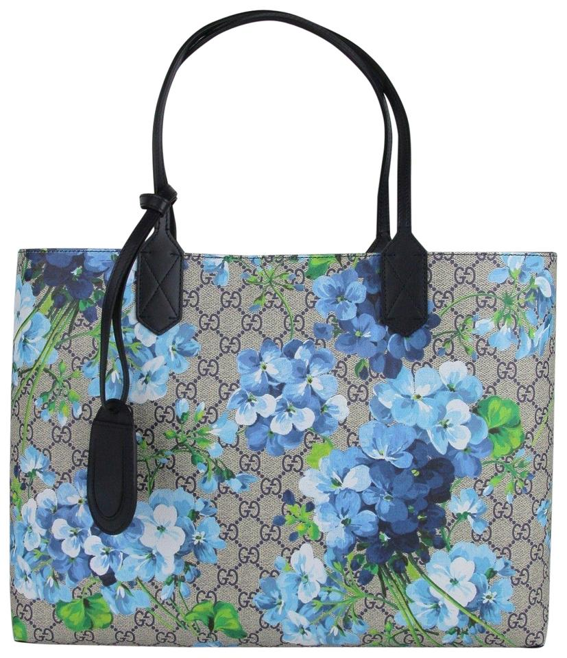 e8c5b8f3d5b239 Gucci Beige/Blue Gg Coated Canvas Reversible 368568 8499 Tote in Beige/Blue  Image ...