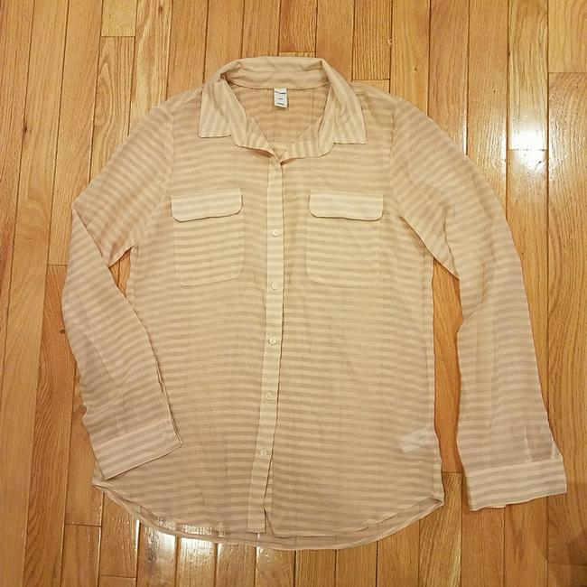Preload https://img-static.tradesy.com/item/22808643/old-navy-sheer-pink-and-grey-blouse-size-6-s-0-0-650-650.jpg