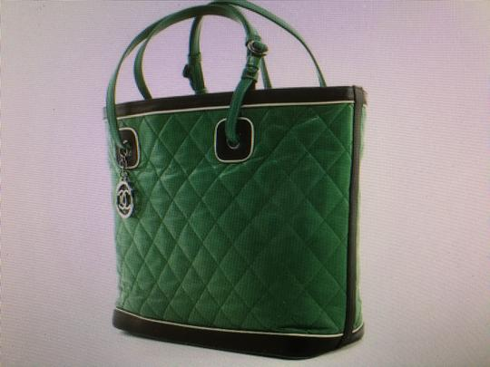 Chanel Tote in quilted Jumbo Image 3