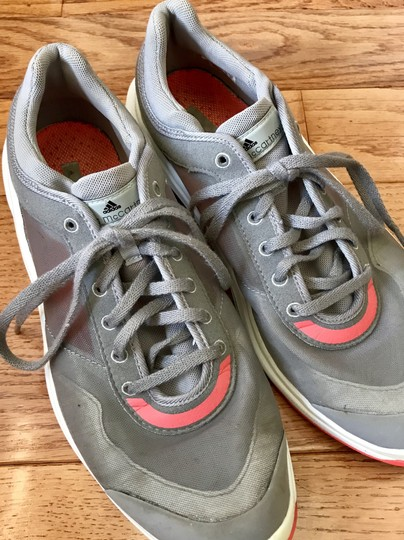 adidas By Stella McCartney Sneakers Designer Workout Gray and coral Athletic Image 4