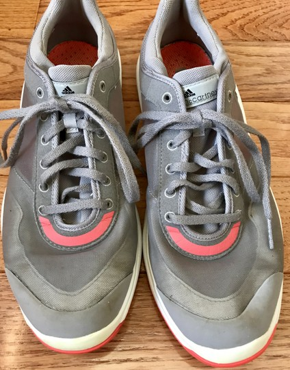 adidas By Stella McCartney Sneakers Designer Workout Gray and coral Athletic Image 8