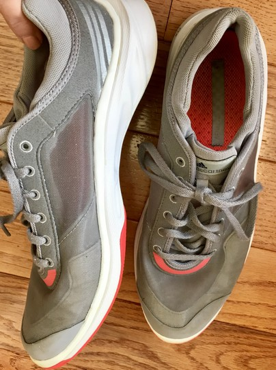 adidas By Stella McCartney Sneakers Designer Workout Gray and coral Athletic Image 9