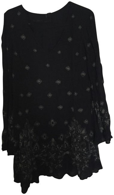 Preload https://img-static.tradesy.com/item/22810456/free-people-embroidered-short-casual-dress-size-2-xs-0-1-650-650.jpg