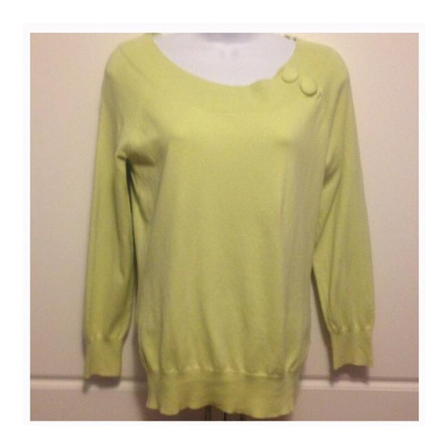Banana Republic Silk Blend Pale Green Sweater Banana Republic Silk Blend Pale Green Sweater Image 1
