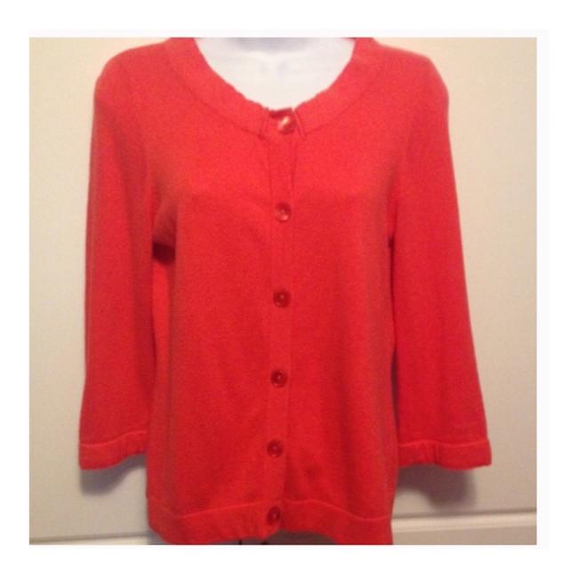 Preload https://img-static.tradesy.com/item/22810885/ann-taylor-loft-coral-button-down-cardigan-size-petite-8-m-0-0-650-650.jpg