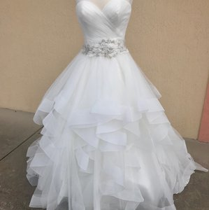 Allure Bridals Ivory 9408 Traditional Wedding Dress Size 8 (M)