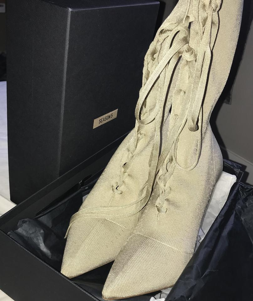 9b98ef3cfa7 YEEZY Gold Tan Season 5 Knit Ankle Boots Booties Size US 8 Narrow ...