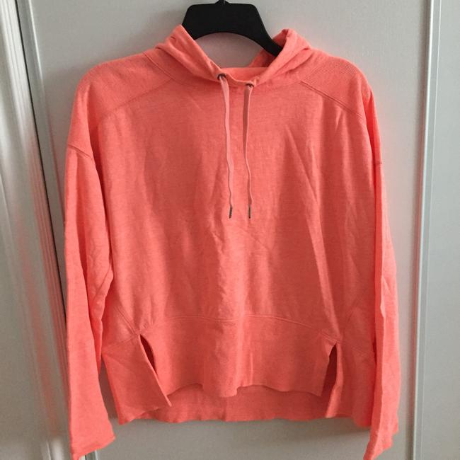 Item - Peach Fit Activewear Top Size 4 (S)