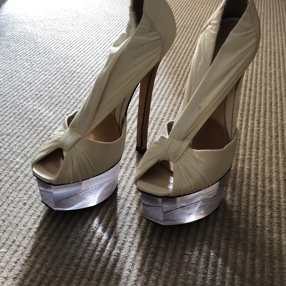 Fendi Off White and and White Clear Platforms 736cbf