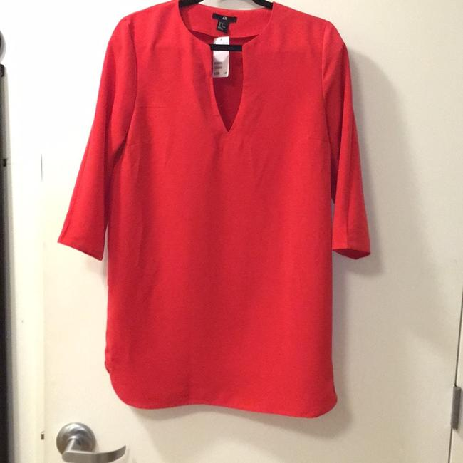 Preload https://img-static.tradesy.com/item/22813176/h-and-m-red-short-casual-dress-size-12-l-0-0-650-650.jpg