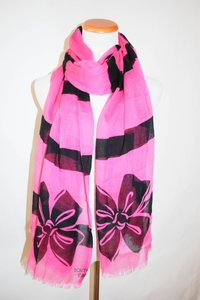 Boutique Moschino MOSCHINO ITALY PINK BOW BRIGHT WOOL SILK SPRING SOFT WINTER SCARF SHAW