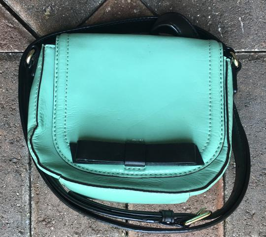 Kate Spade Chelsea Park Jade Patent Leather Crossbody/Messenger Cross Body Bag Image 4