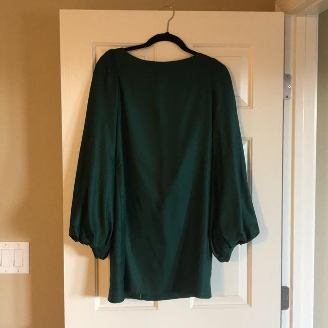 Preload https://img-static.tradesy.com/item/22814862/elizabeth-and-james-emerald-green-short-cocktail-dress-size-4-s-0-0-650-650.jpg