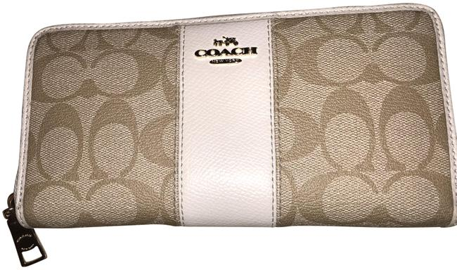 Coach White Signature Accordion Zipper Wallet Coach White Signature Accordion Zipper Wallet Image 1