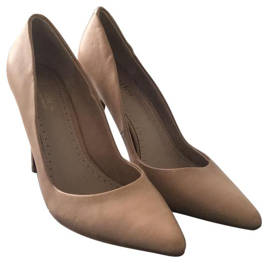 Preload https://img-static.tradesy.com/item/22815518/charles-by-charles-david-nude-pumps-size-us-8-regular-m-b-0-1-540-540.jpg
