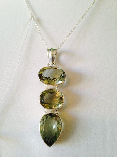JS Collections NWT Faceted Green Prasiolite Gemstone Necklace