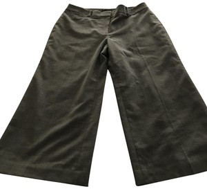 White House | Black Market Capris gray