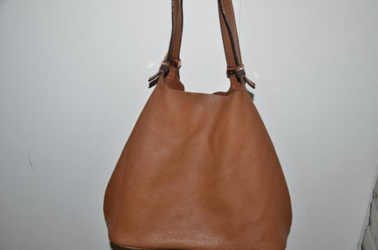 Michael Kors Tote in LUGGAGE SADDLE BROWN ROSE GOLD Image 2