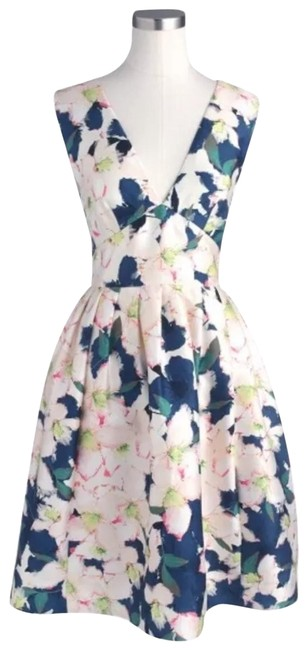 Item - Multicolor Collection Cove Floral V-neck Mid-length Cocktail Dress Size 0 (XS)