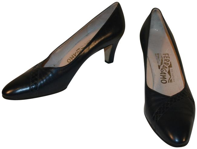 Item - Navy Blue Patent Leather Heels Pumps Size US 8.5 Narrow (Aa, N)