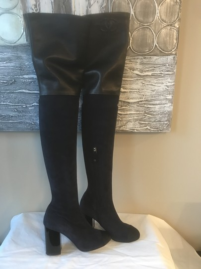 Chanel Cc Suede Thigh High Over The Knee Navy Blue/Black Boots Image 4